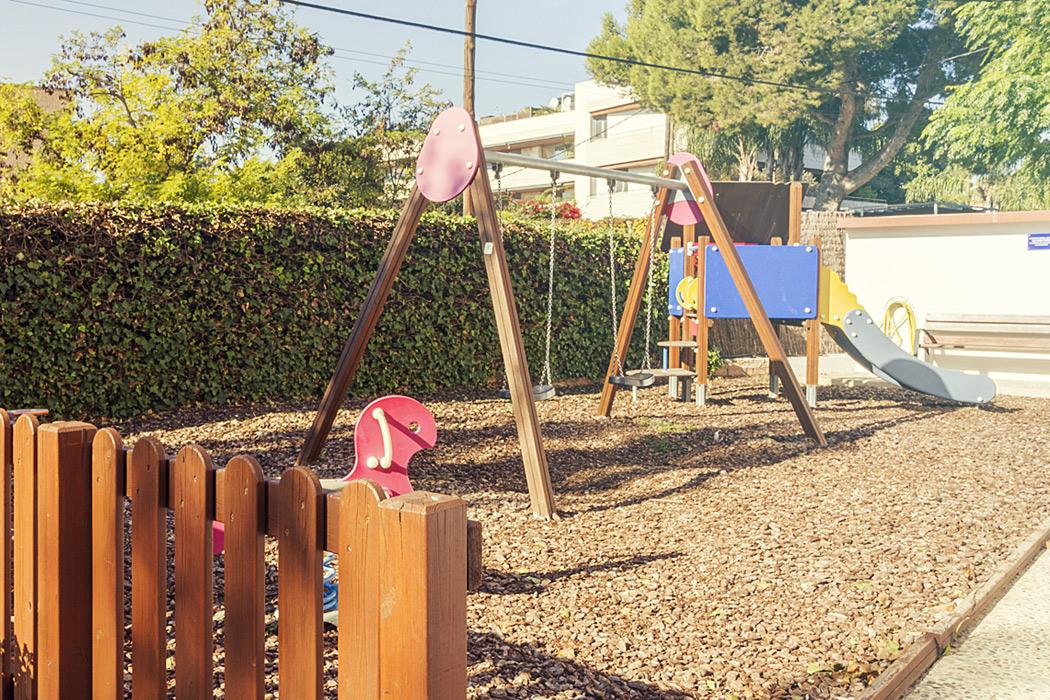 Apartamentos en Sitges con parque infantil